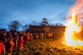Crowd and the fire