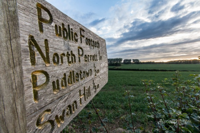 Sign to North Perrott